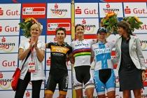 Frauenrennen Siegerehrung 1